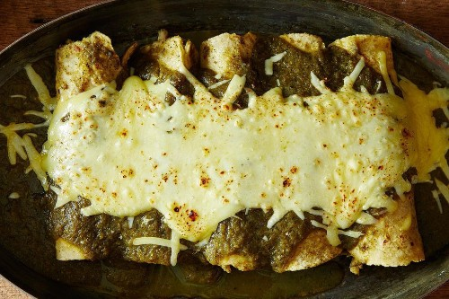 How to Make Chicken Enchiladas Suizas