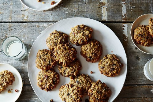 Low-Sugar Oatmeal Raisin Cranberry Cookies Recipe from Joanne Chang