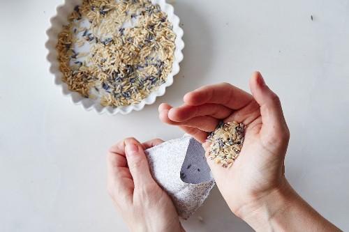 DIY Lavender Sachets To Make Your Sock Drawer Smell LikeHeaven