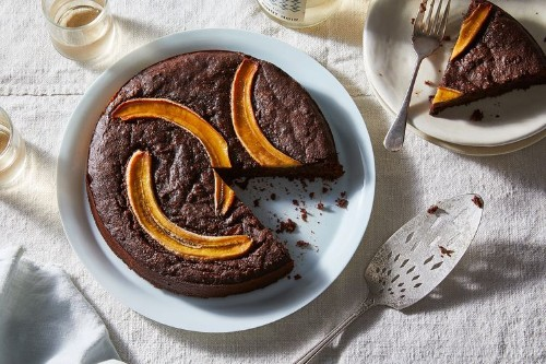 Fudgy Vegan Banana-Brownie Cake You Can Eat for Breakfast Recipe on Food52