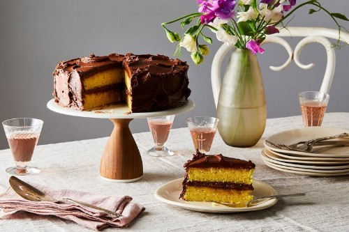 The Best Yellow Cake Borrows a Trick From theBox