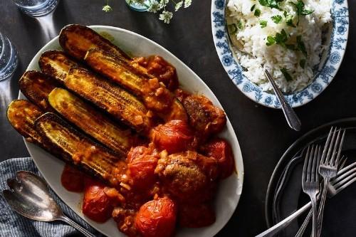 Persian Zucchini Stew With Chicken (KhoreshKadoo)