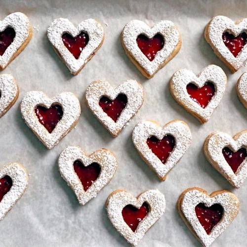 32 Valentine's Day Cookies to Share With Friends & Lovers