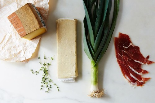 How to Make The Ultimate Holiday Appetizer (or Dessert) Without ARecipe