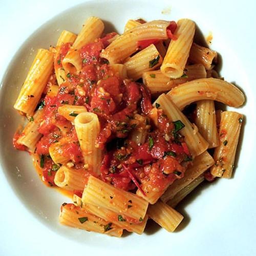 Penne with golden garlic – penne all' aglio dorato Recipe on Food52