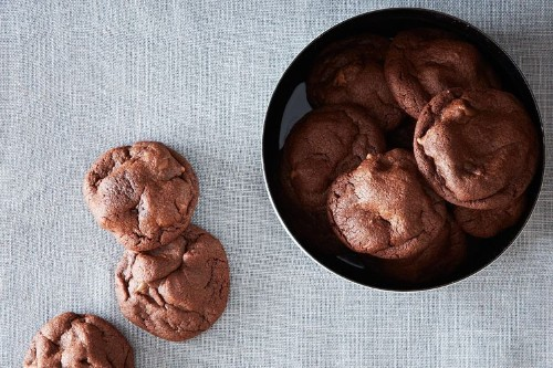 Chocolate Cookies Recipes – Baking with Chocolate