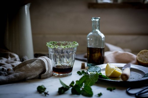 How to Make Nettle and Sorghum Cocktail Syrup for a Southern Spell
