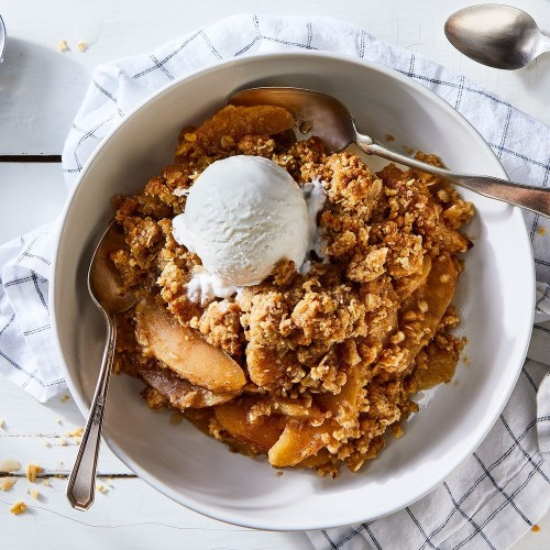 Best Apple Crisp Recipe - How to Make Homemade Apple Crisp