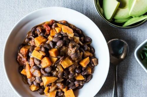 Smoky Black Bean and Sweet PotatoChili