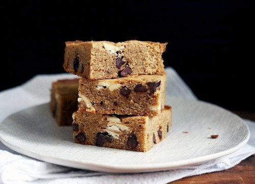 7 Rich, Chewy Blondies to Rival Your FavoriteBrownies
