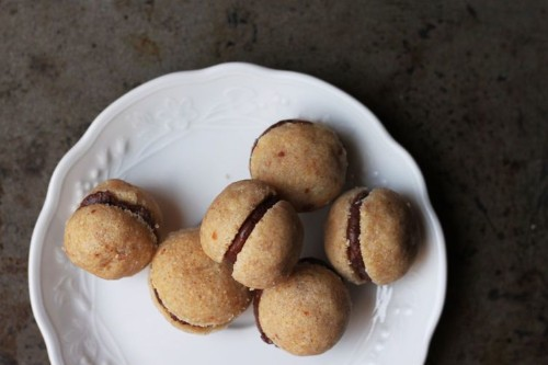 How to Make Italian Chocolate-Filled Hazelnut Cookies