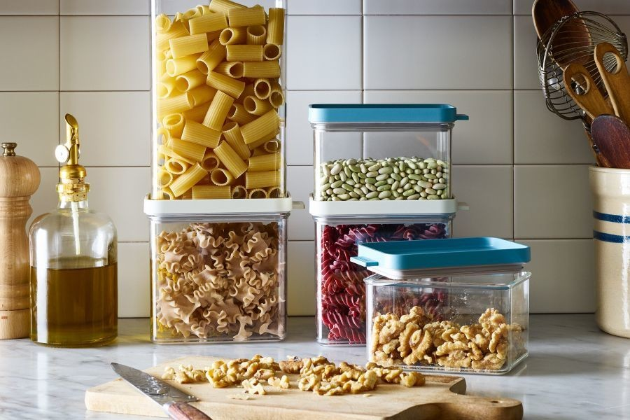 The 20 Best Storage Containers for Every Kind of Food (& Leaky Sauce)