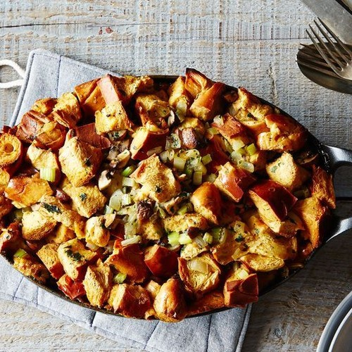 24 Make-Ahead Thanksgiving Recipes for Saving Time (& Stress) This Season