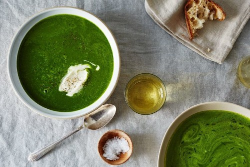 Turn Any Bunches of Greens Into a LivelySoup