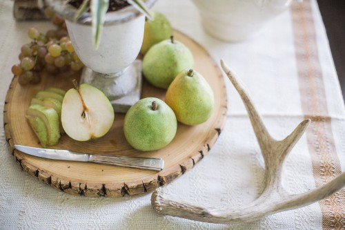 5 Unexpected Centerpieces to Make Without Breaking theBank
