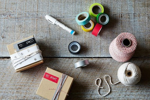 The Best Ways to Wrap HolidayGifts