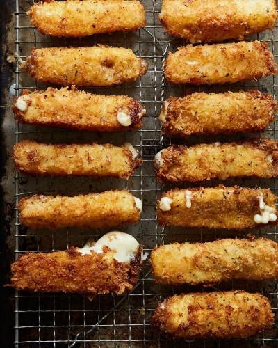 How to Make Mozzarella Sticks Better Than the SnackBar's