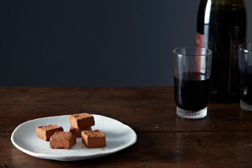 The Best and Easiest Chocolate Truffles to Serve with RedWine