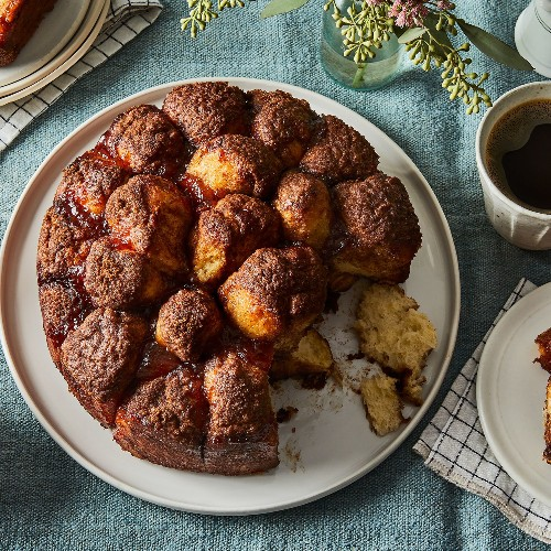 Great-Grandma's Cinnamon Pull-Apart Cake, Pieced Together by Taste Memory
