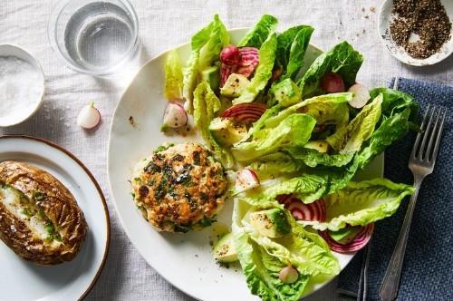 The Genius Secret to Juicy Turkey Burgers (Chicken and Pork Burgers, Too)