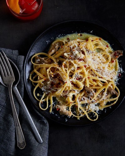 This Smoky, Spicy Pasta is as Close to Carbonara as Vegetarians WillGet