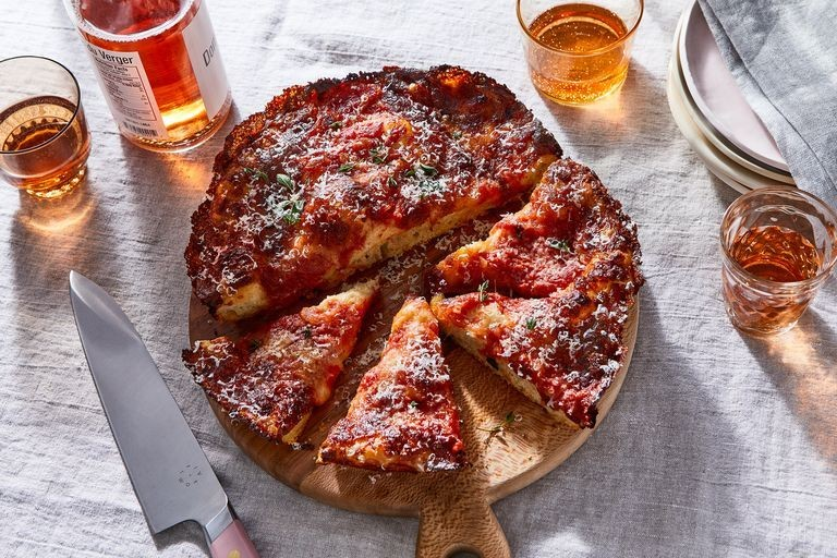 A Crispy, Cheesy Pan Pizza Anyone Can Make