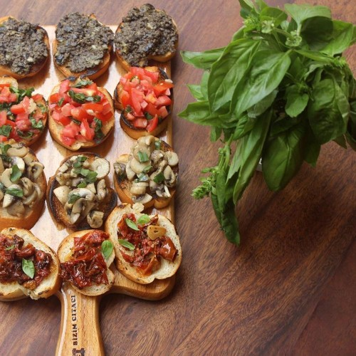 BRUSCHETTA PLATTER (with tomato & basil, mushroom & thyme, olive-caper tapenade, Recipe on Food52
