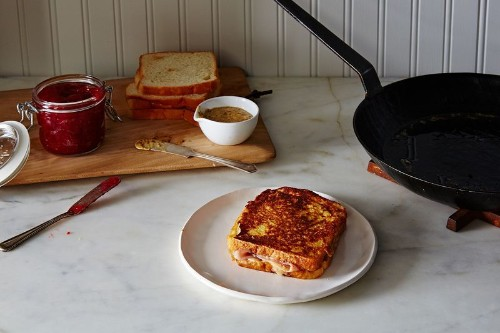The Simple Tomato Sandwich That Stirred Up SomeControversy