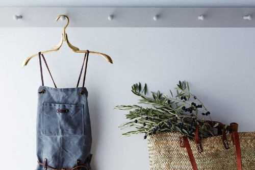 How to Create an Entryway in a SmallSpace
