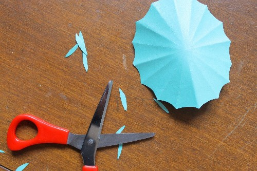How to Make DIY Drink Umbrellas -- Party Craft Projects