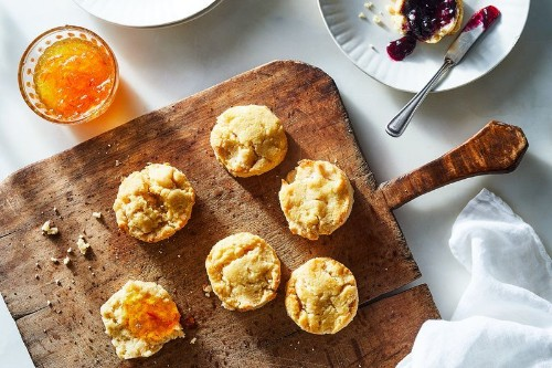 Tender, Fluffy Biscuits Without a Drop of Butter or Flour? Yes,Please.