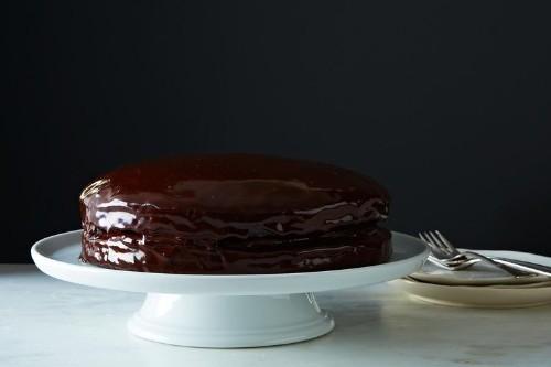 Vegan Chocolate Cake with Creamy ChocolateFilling