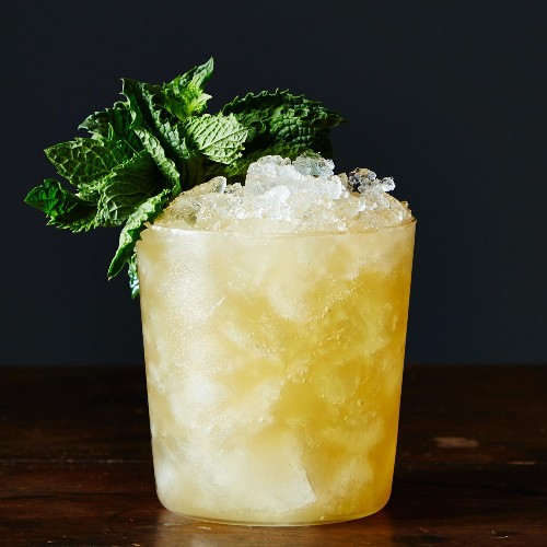 More & More People Are Looking for Nonalcoholic Cocktail Recipes. Here's Why.