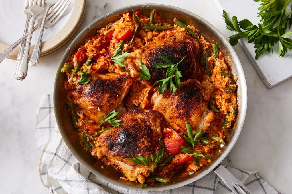 One-Skillet Paprika Chicken Thighs & Pepper Rice