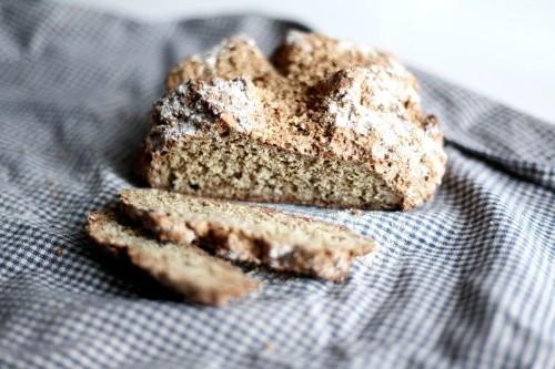 Irish soda bread with flaxseeds