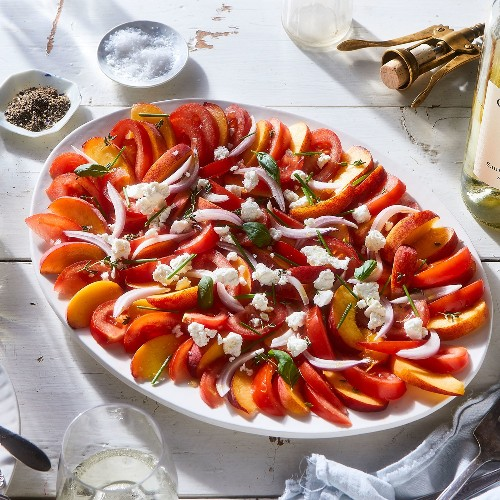This Simple Tomato Salad Has Me Questioning My Loyalty to Caprese