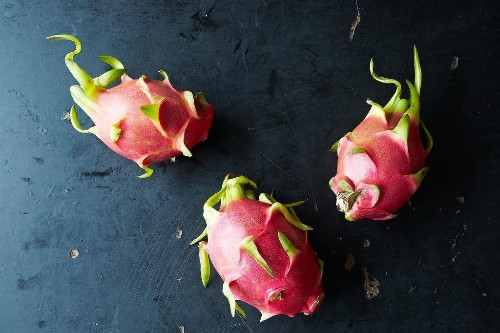 How to Prepare and Eat Dragon Fruit - Exotic Fruits