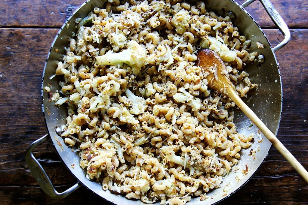 Pasta with Slow-Cooked Cauliflower, Anchovies, and Garlic