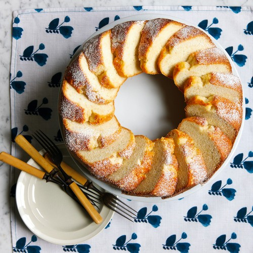 Mary Lincoln's White Almond Cake Recipe on Food52