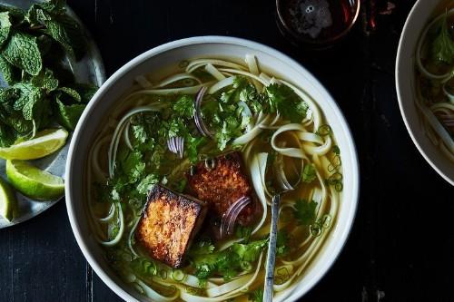"Andrea Nguyen's Vegan ""Chicken""Phở"
