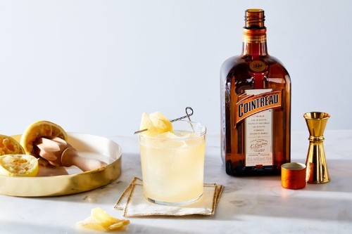 Dark & Stormy Cocktail with Cointreau, Ginger Beer & Lemon