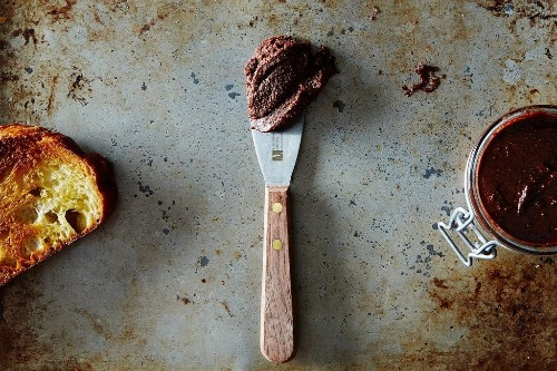 How to Make Cashew Chocolate Spread