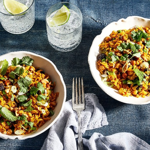 This Crispy Chickpea Rice Pilaf Is My Saving-Grace Dinner