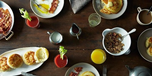 A Fall Brunch to Bring Together Friends
