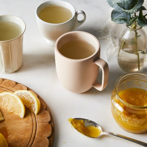 How to Make Korean Honey Ginger Tea, or Saenggangcha, to Ward Off Wintry Chills