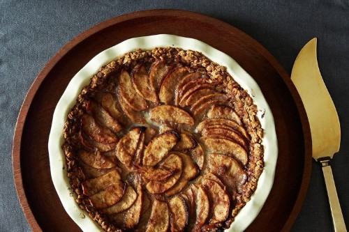 Mixed Apple Pie with Hazelnut Crumb Crust and MapleCream
