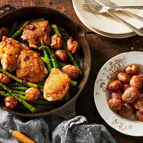 Pan Fried Chicken Thighs With Asparagus & Bacon - Cast Iron Skillet Chicken Thigh Recipe