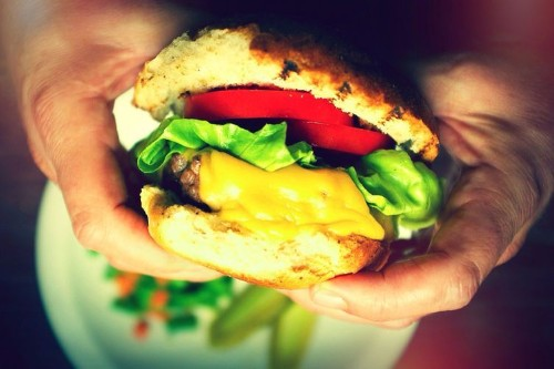 6 Tips for Building a Better Burger