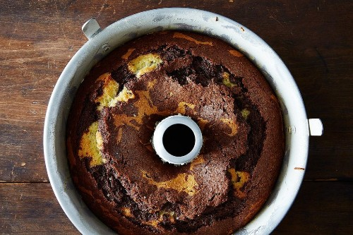 Marble Cake with Olive Oil Recipe - Expert Baking Tips