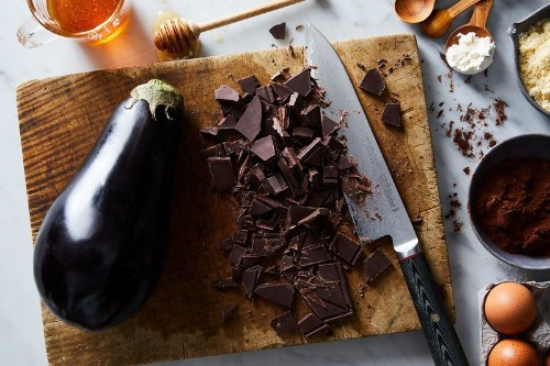 This Genius, Ridiculously Fudgy Brownie Cake Has No Butter or Oil—butHow?